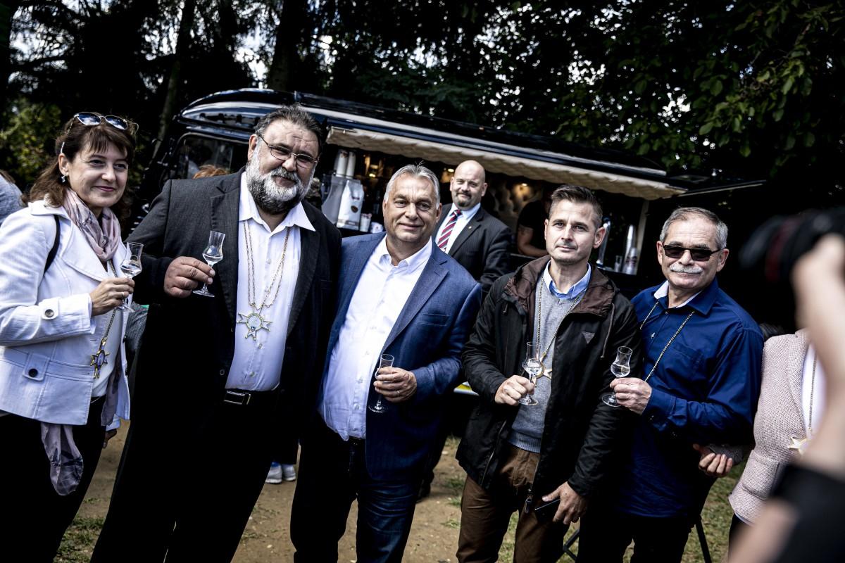 Orbán Viktor, pálinka