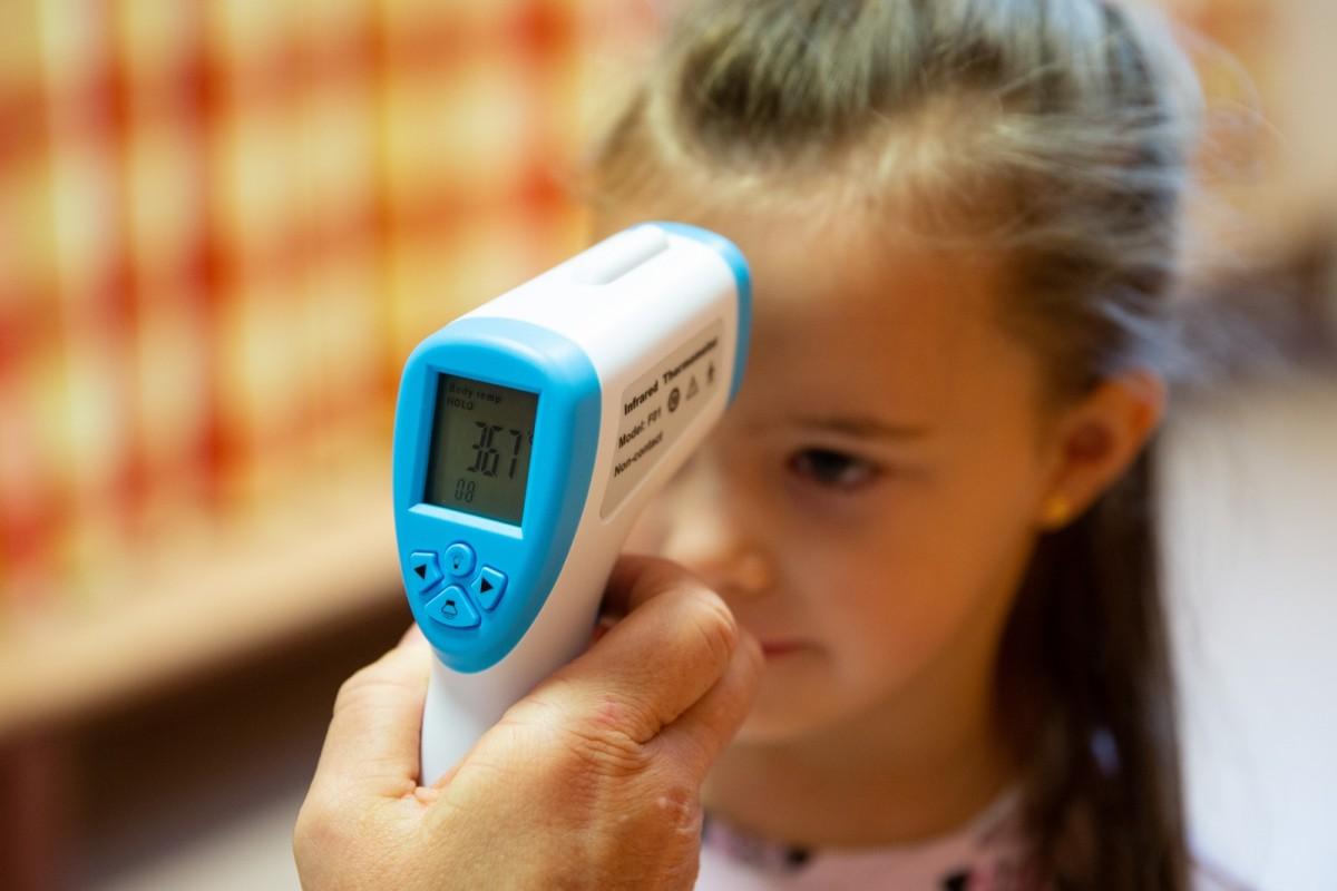 Testhőmérséklet-mérés a debreceni óvodákban
