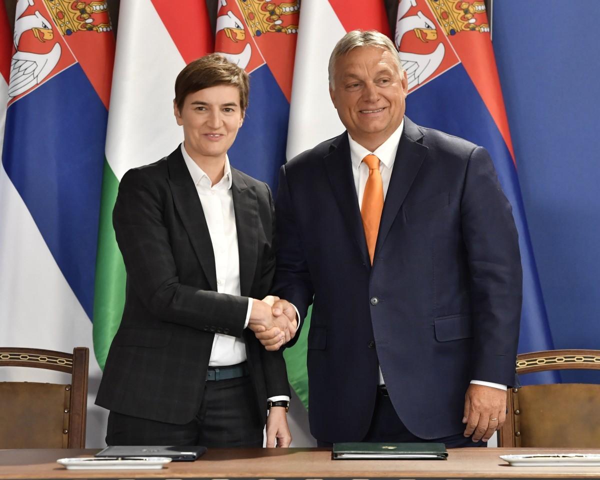 Ana Brnabics és Orbán Viktor